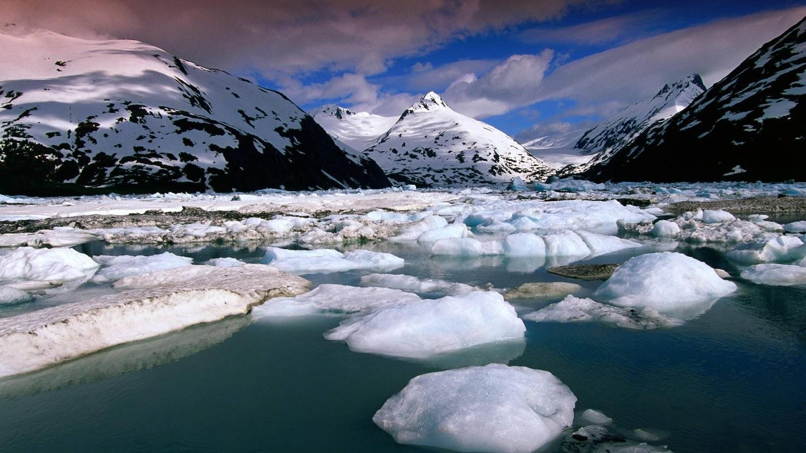 лед плавает