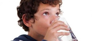 ребенок не пьет воду