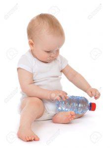 Нужна ли дополнительная вода для ребенка в 2-11 месяцев?