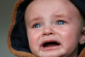 После клизмы у ребенка не вышла вода: что это значит?