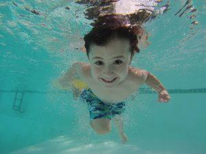 Какие развлечения на воде для детей можно придумать?